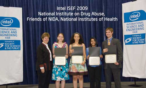 2009 Science Fair Award Winners with Dr. Lucinda Miner, Deputy Director, NIDA Office of Science Policy and Communications.